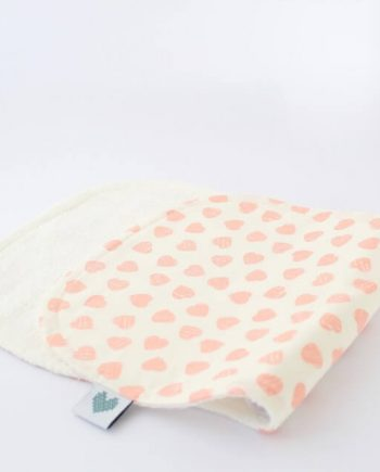 Burp-Cloths-Pink-Hearts