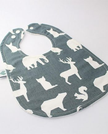 organic bibs in animals print