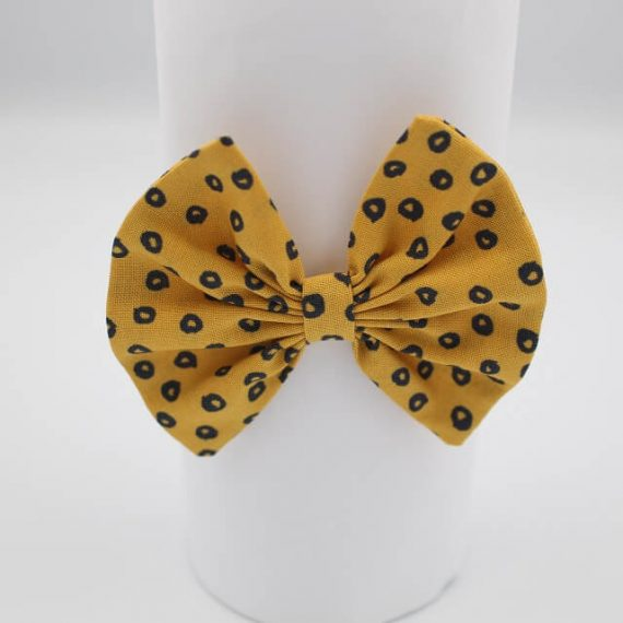 baby girl hair bands in spots in gold print