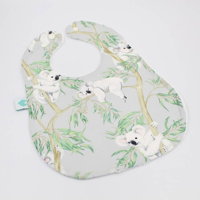 Large bibs in koala design