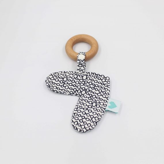 Love heart teething ring in circles print