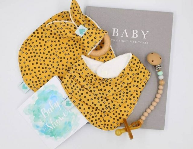 Deluxe Baby Gifts in Spots on Gold Print