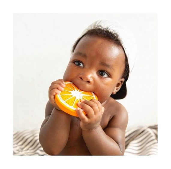 Baby with Clementino the orange teether